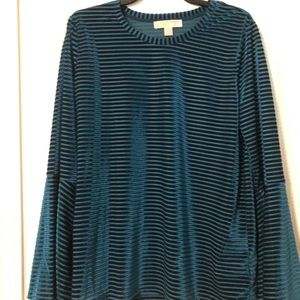 NWOT MK blouse with cute sleeves .